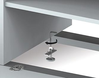 Regulowane stopy poziomujące Umożliwiają regulację poziomu szafki i ułatwia ustawienie na nierównych powierzchniach.